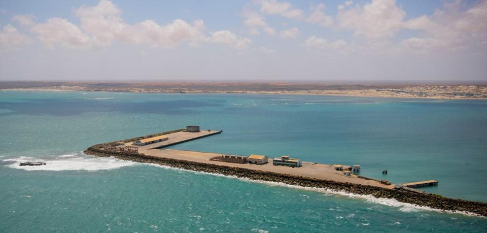 2012_10_03_Kismayo_Aerial_-Coast_m2