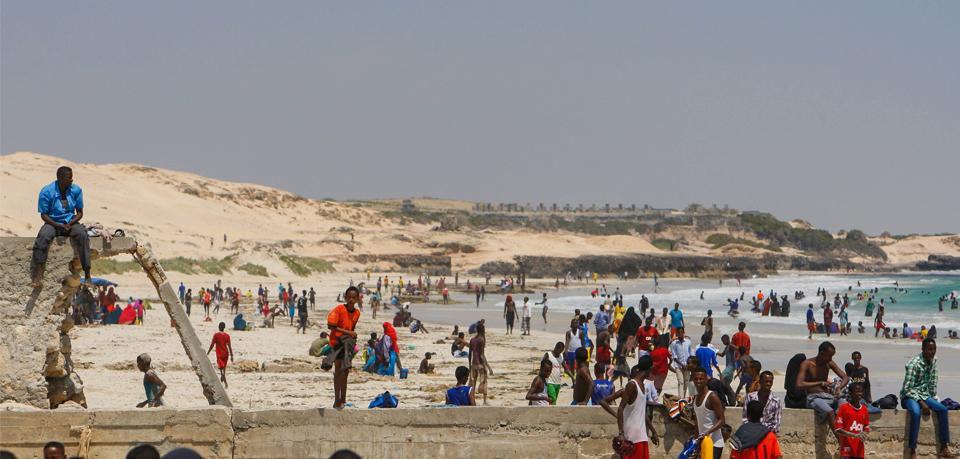 2012_11_09_Somali_Civilians-k
